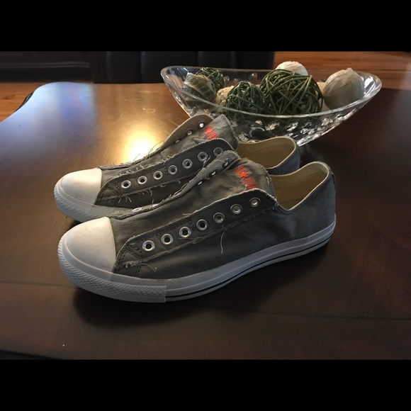 7a17bc404e3dc2 Converse Other - Men s lace less style Converse sneakers. Size 10.5